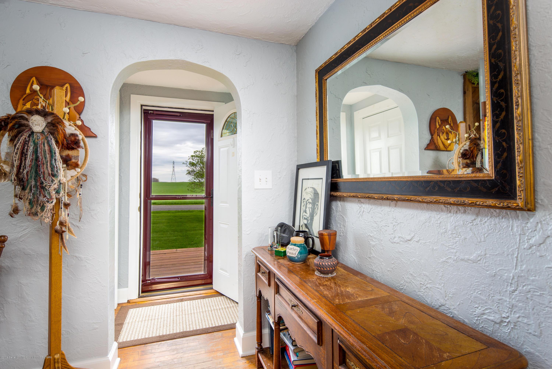 1325 W Grant Rd - Front Door - 2