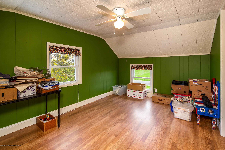 1325 W Grant Rd - Bonus Room - 15