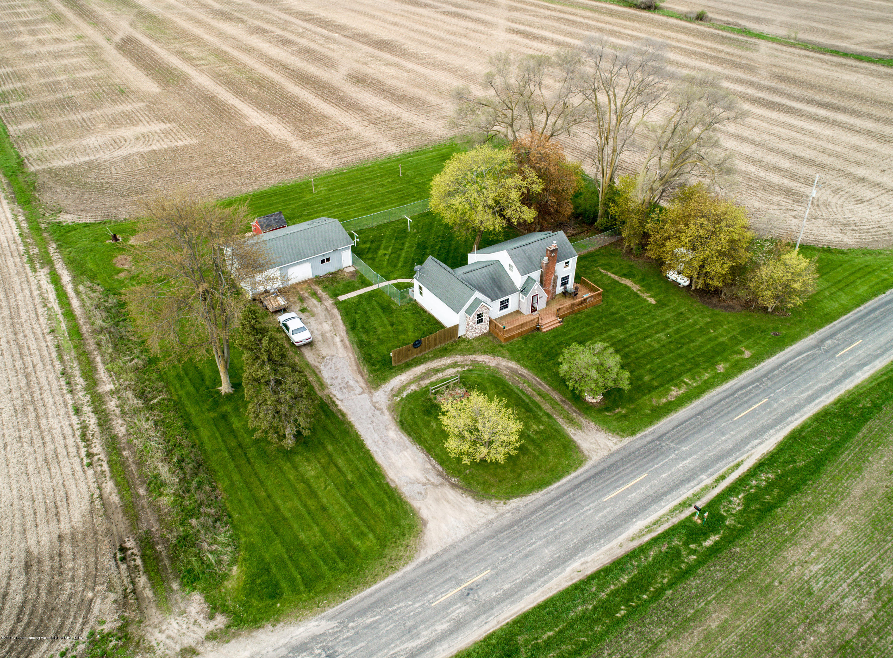 1325 W Grant Rd - Aerial View - 30