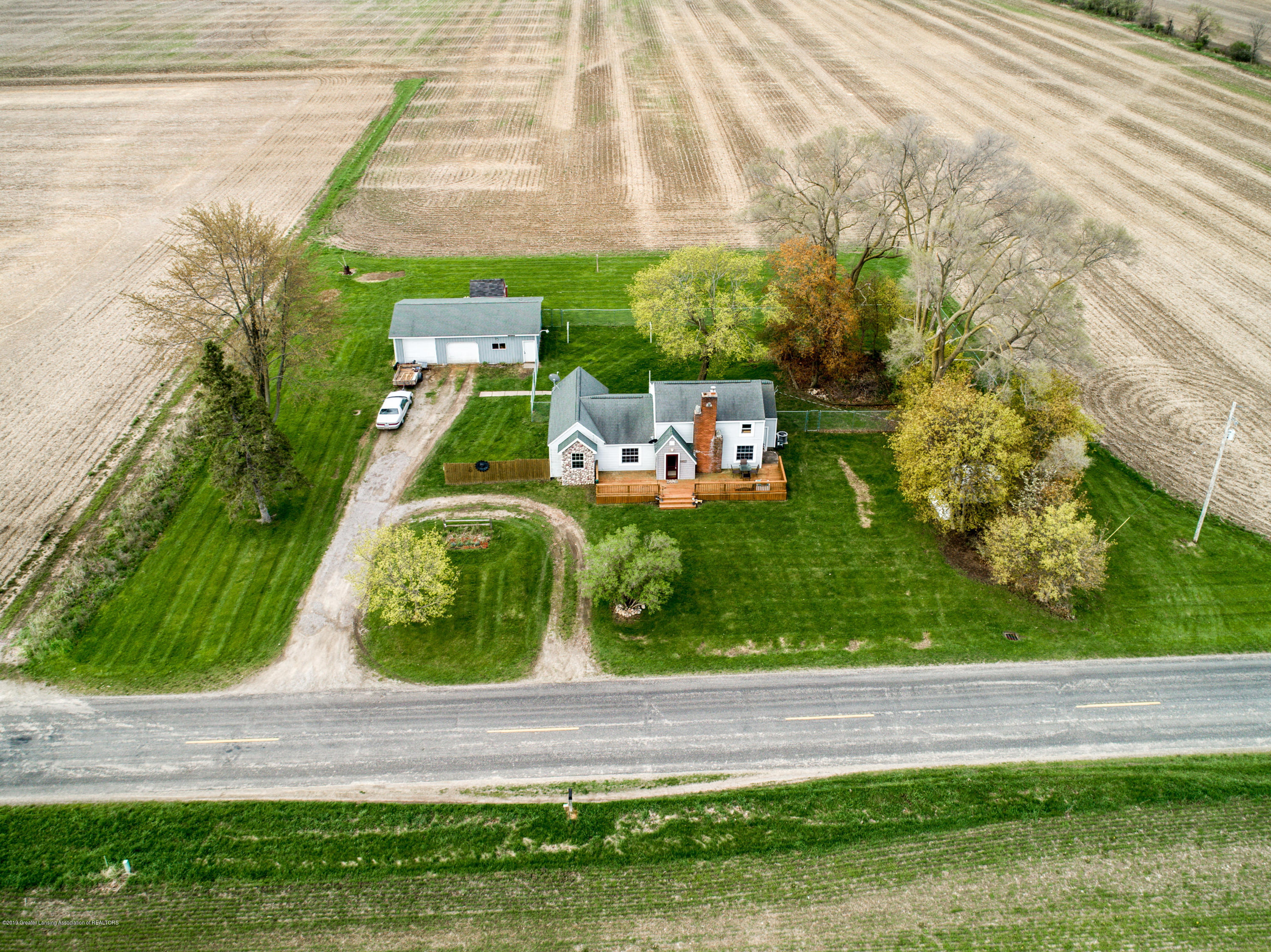 1325 W Grant Rd - Aerial View - 31