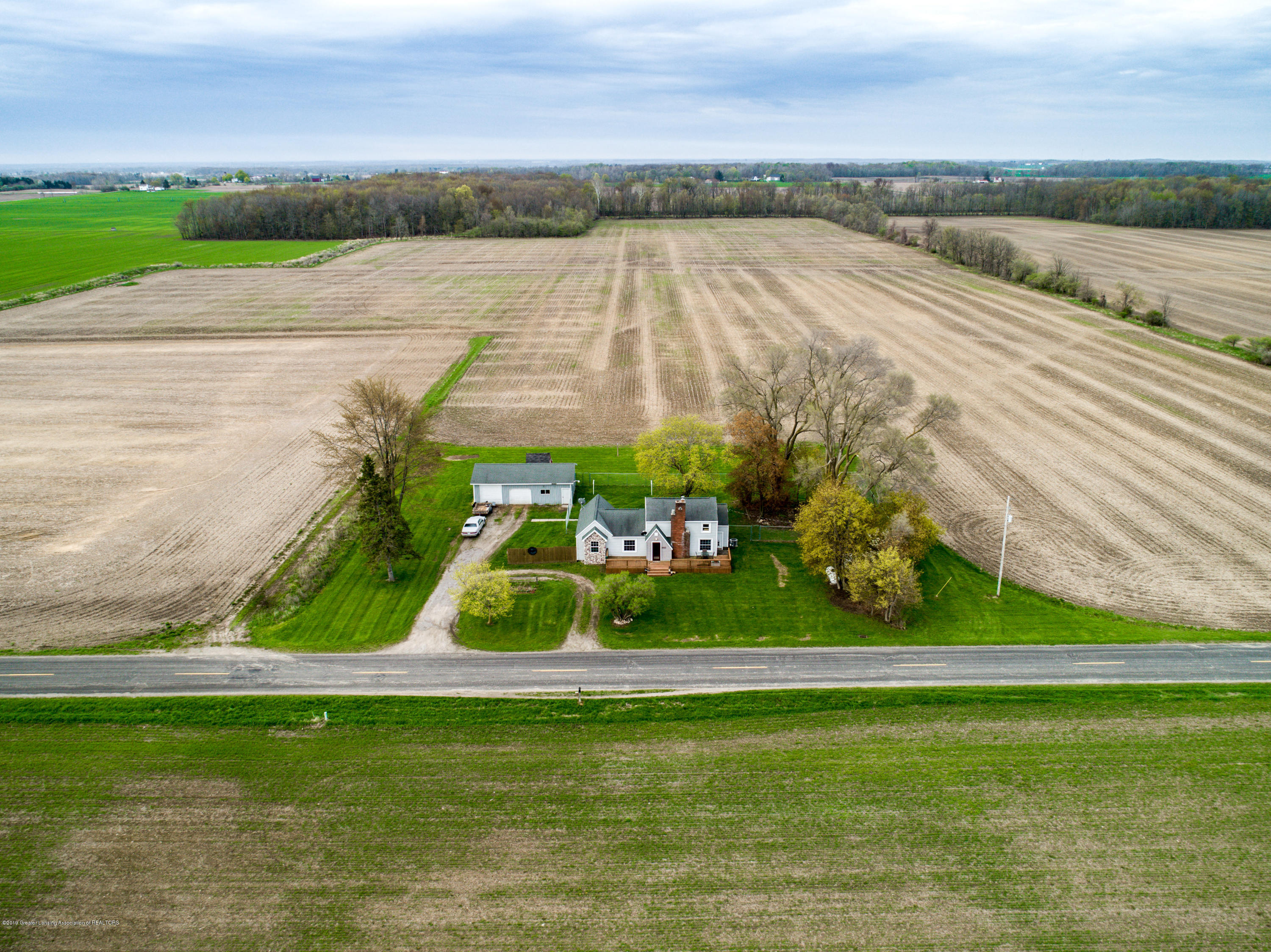 1325 W Grant Rd - Aerial View - 32
