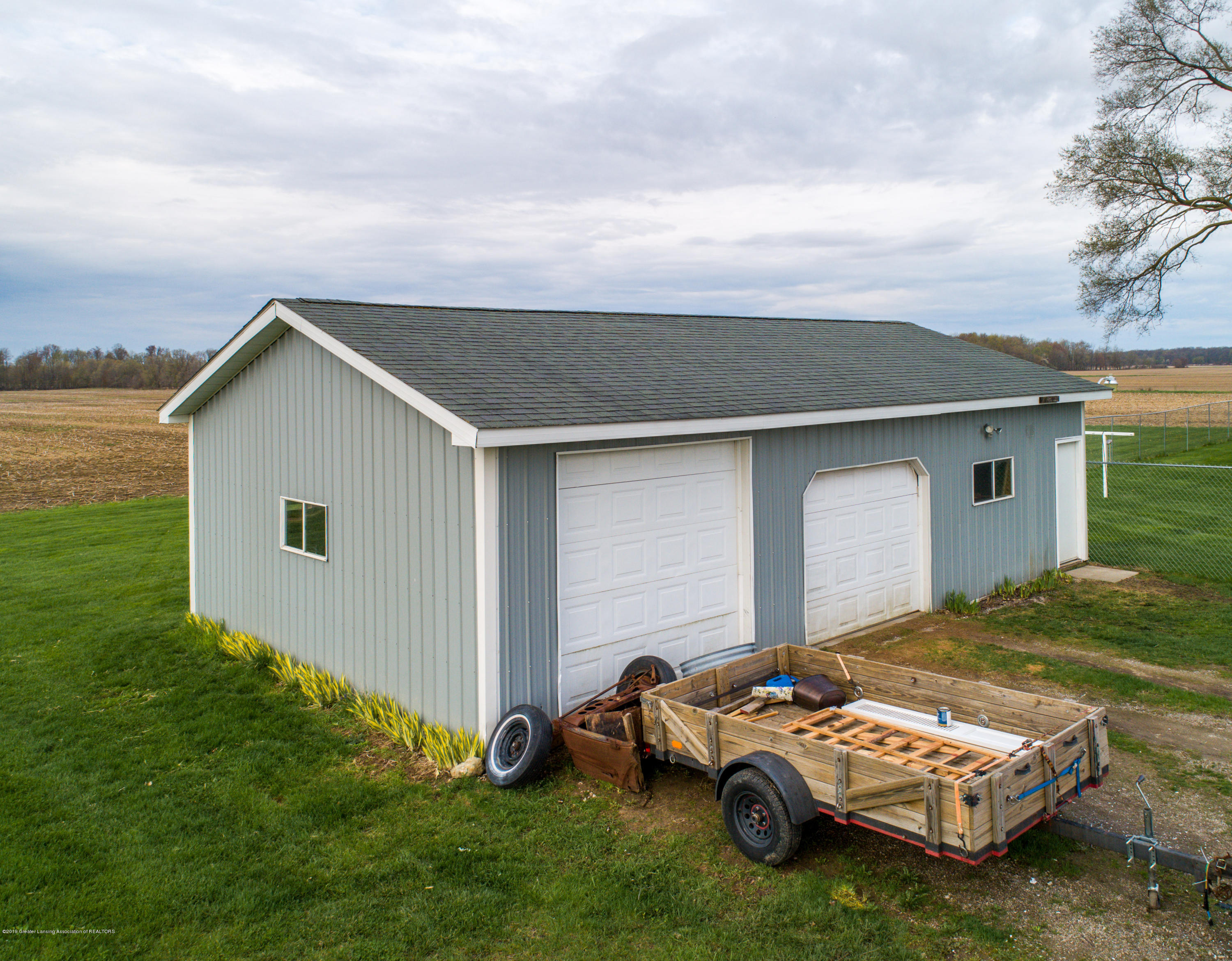 1325 W Grant Rd - Shed - 21