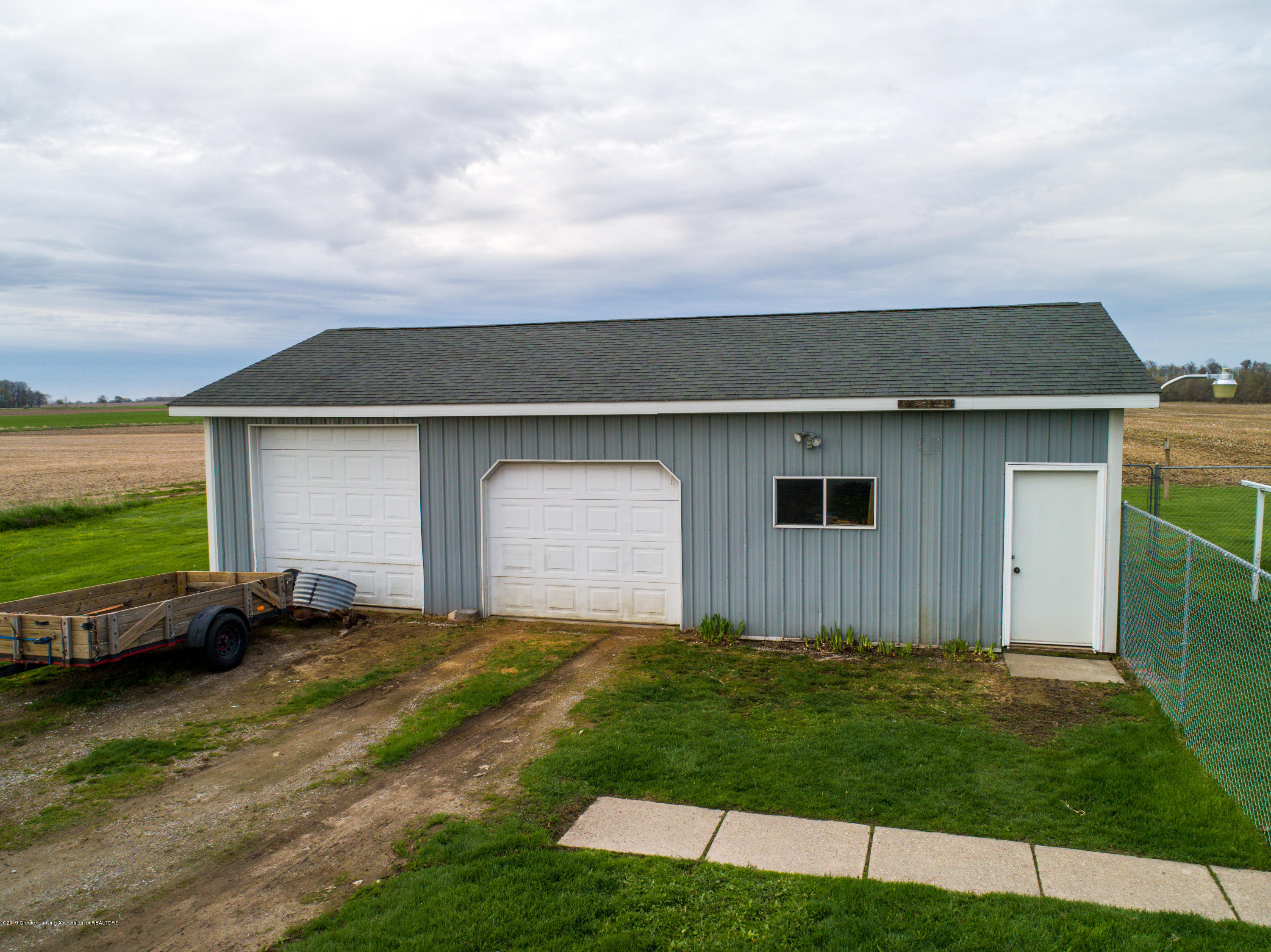 1325 W Grant Rd - Shed - 20