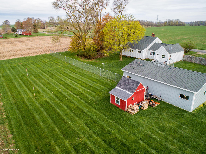 1325 W Grant Rd - Yard - 17