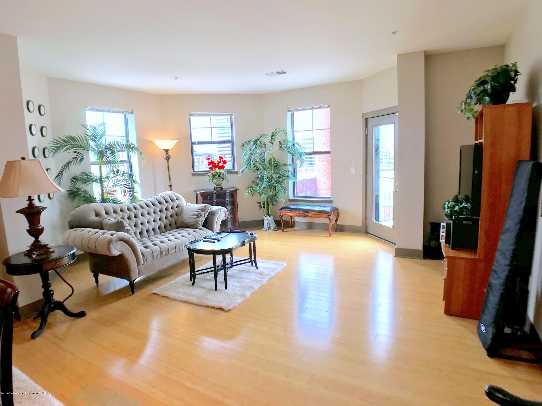 500 E Michigan Ave 420 - Living Room - 5