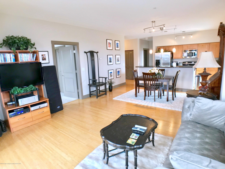 500 E Michigan Ave 420 - Living Area - 7