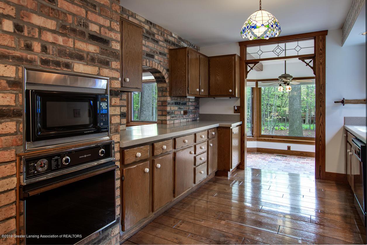3782 Thistlewood Rd - Kitchen - 20