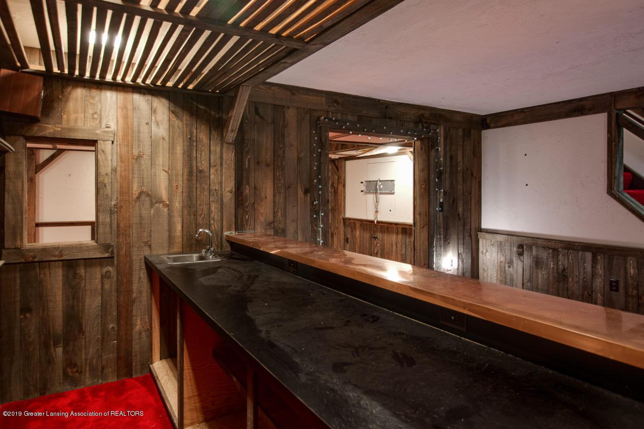 3782 Thistlewood Rd - Pub style Wet Bar - 49