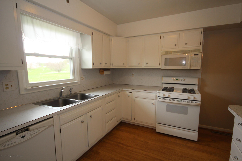 4836 W Lowe Rd - Kitchen - 4