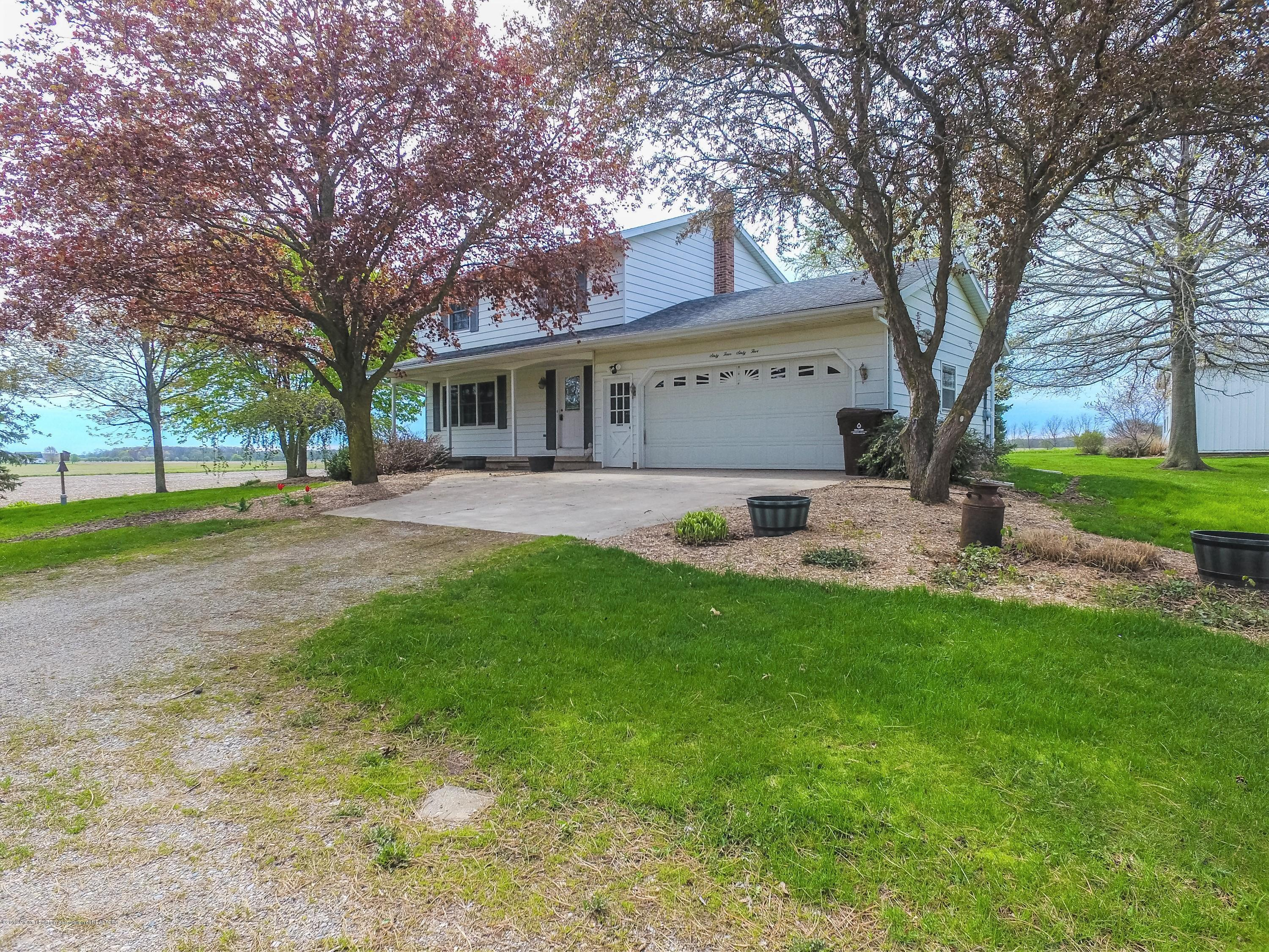 6465 W Maple Rapids Rd - Front - 2