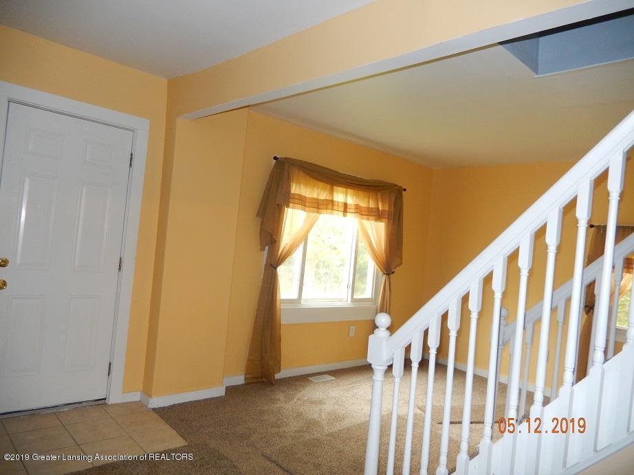 3011 N Cedar St - frontroom10512 - 12