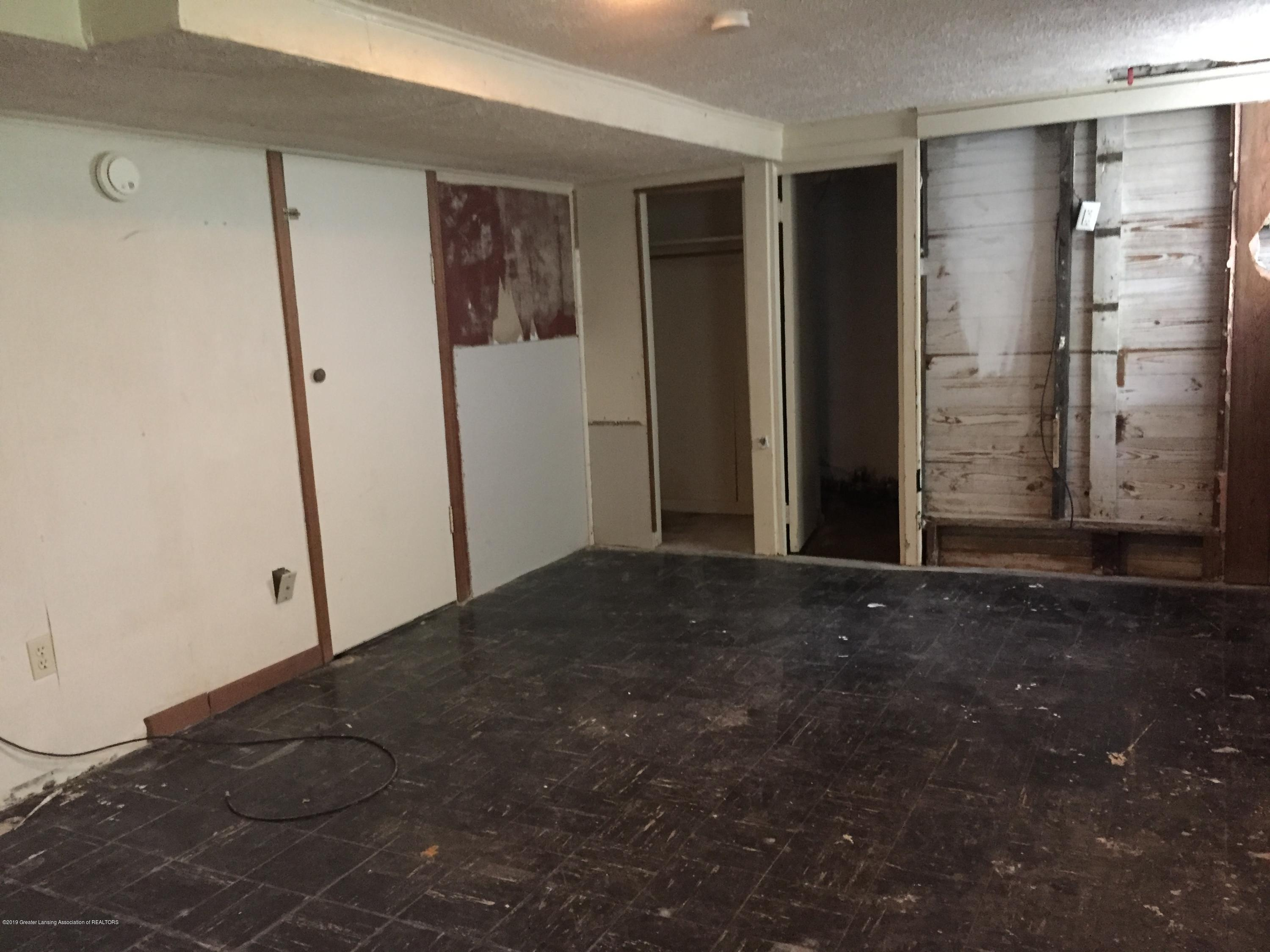 2309 Turner Rd - Basement - 23