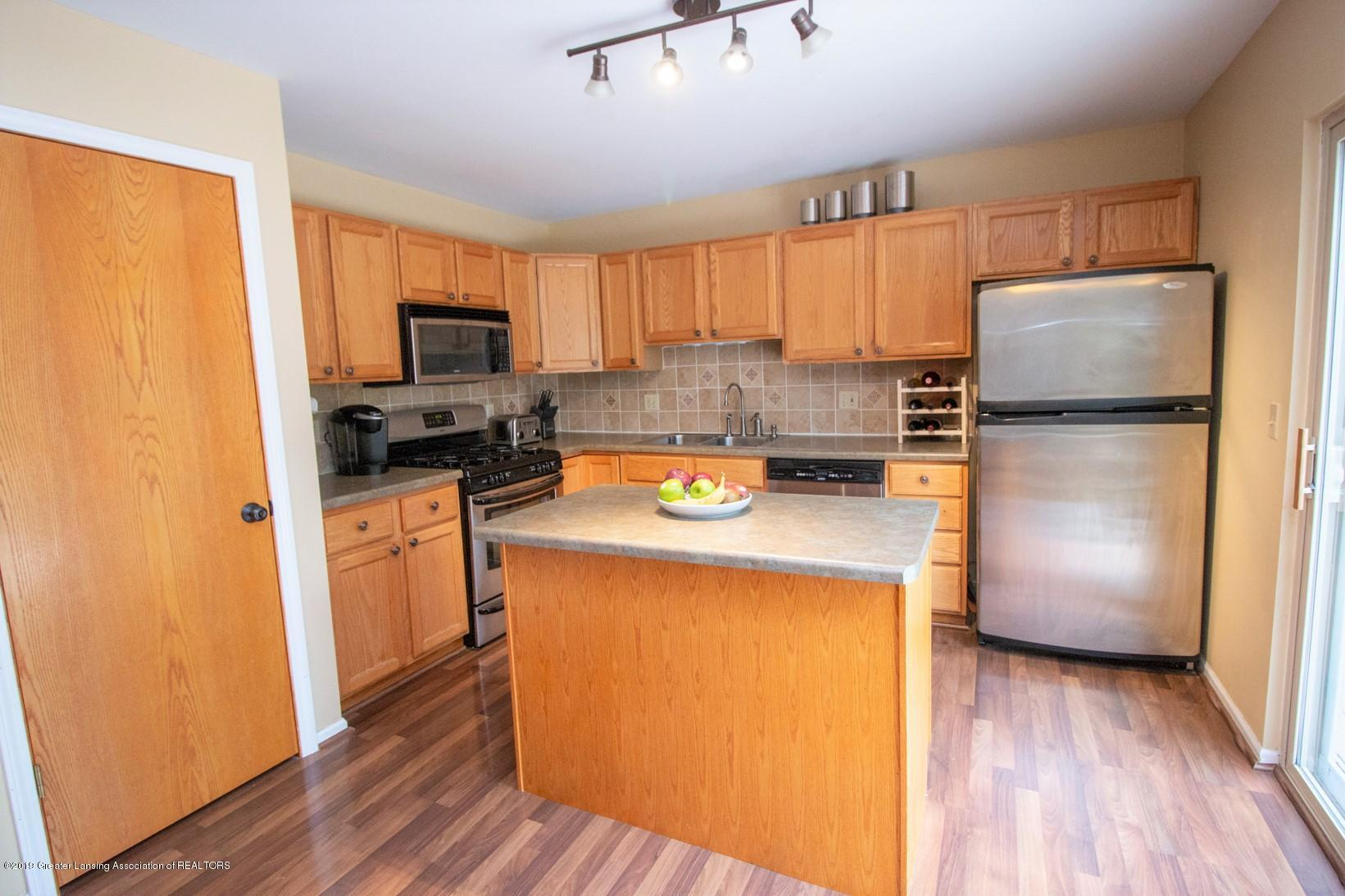 650 Winding River Way - Kitchen - 8