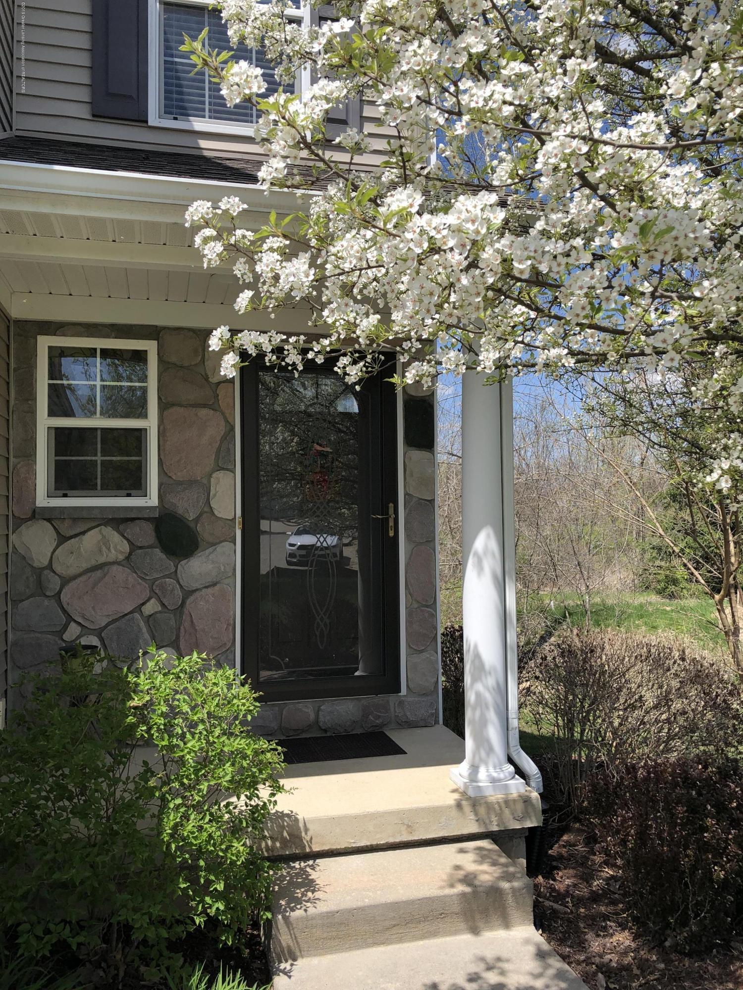 2364 Fieldstone Dr - Front door - 2