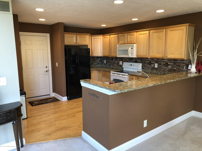 2364 Fieldstone Dr - kitchen - 7