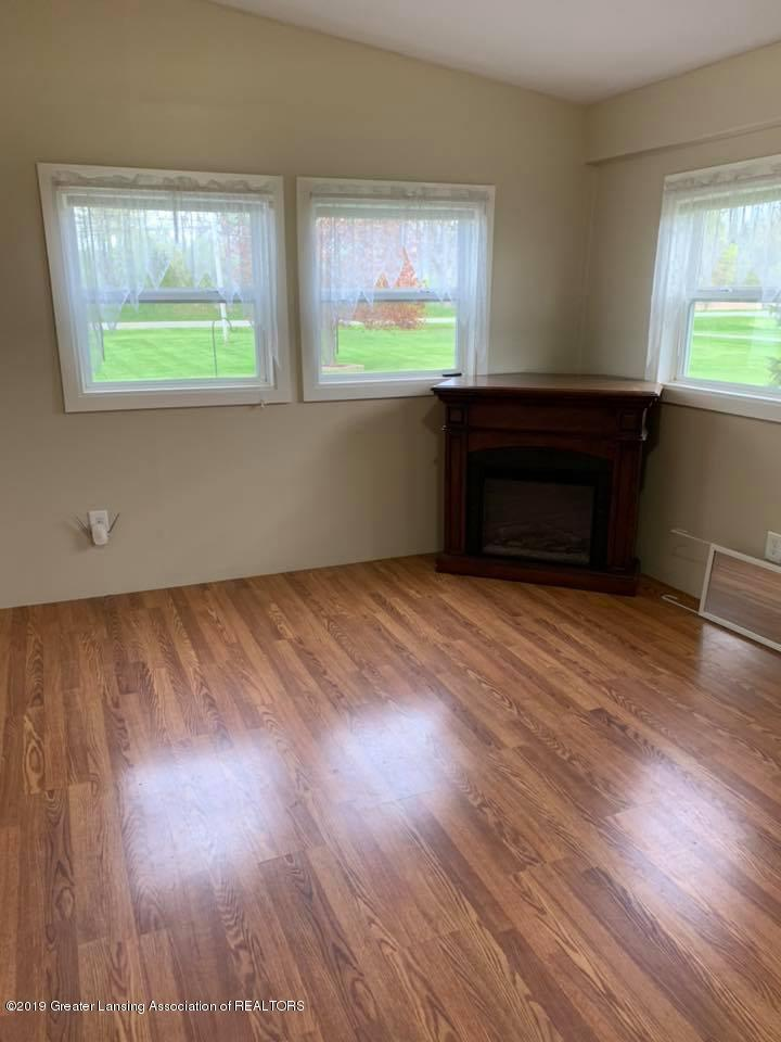 2834 S State Rd - Mudroom - 4