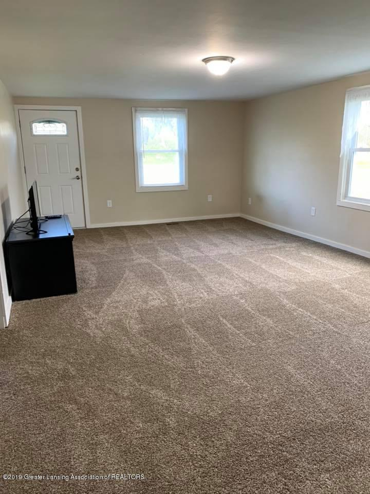 2834 S State Rd - Living Rm - 3