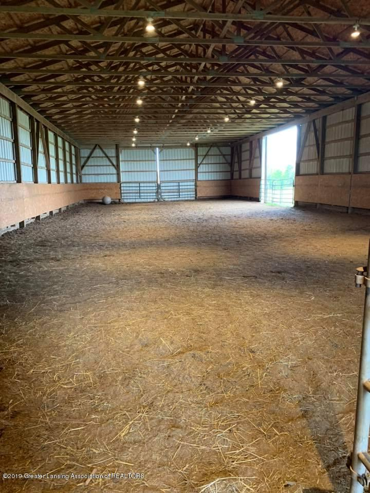 2834 S State Rd - Horse Barn Indoor Riding Arena - 17