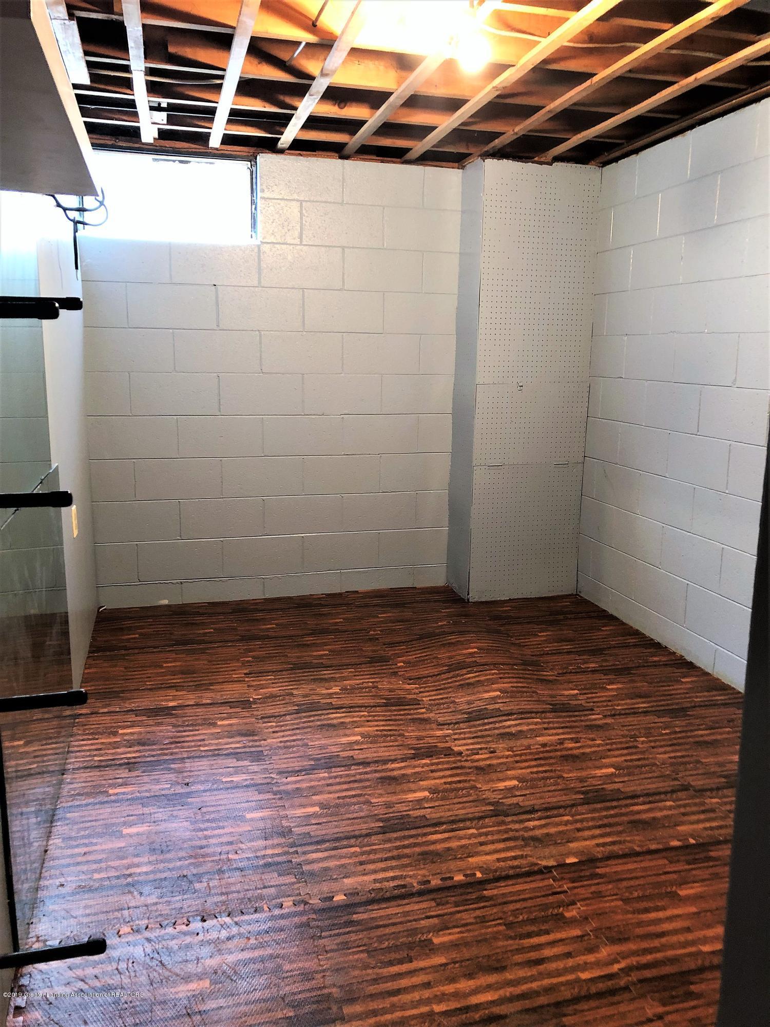 1221 Kimberly Dr - basement room 3 - 20