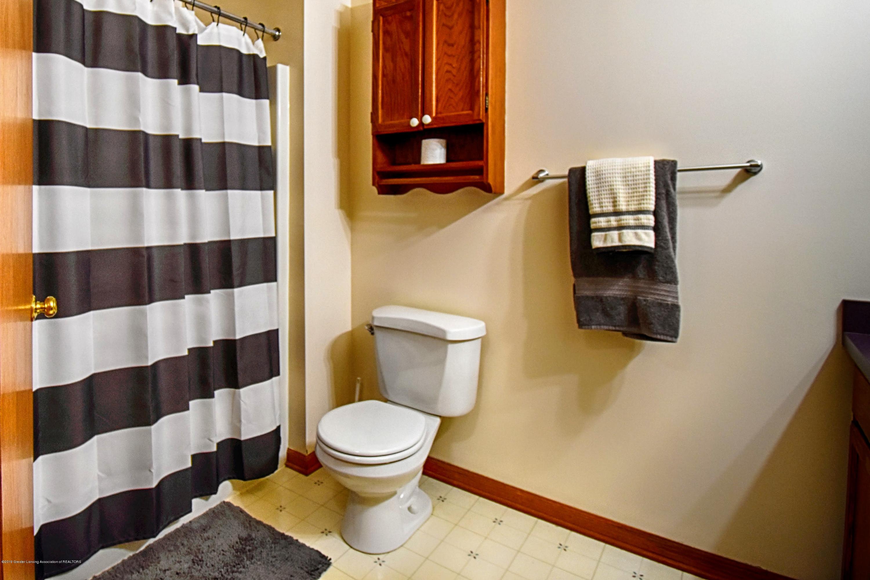 2417 Bush Gardens Ln - Bathroom - 26