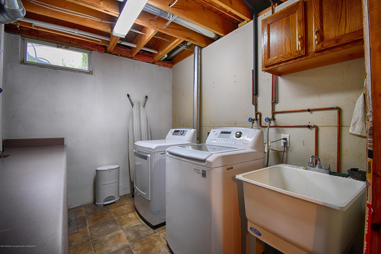 2417 Bush Gardens Ln - Laundry Room - 27