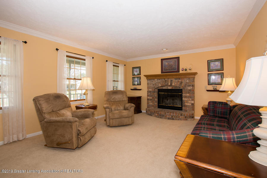 11861 Shady Pines Dr - Living Room - 2