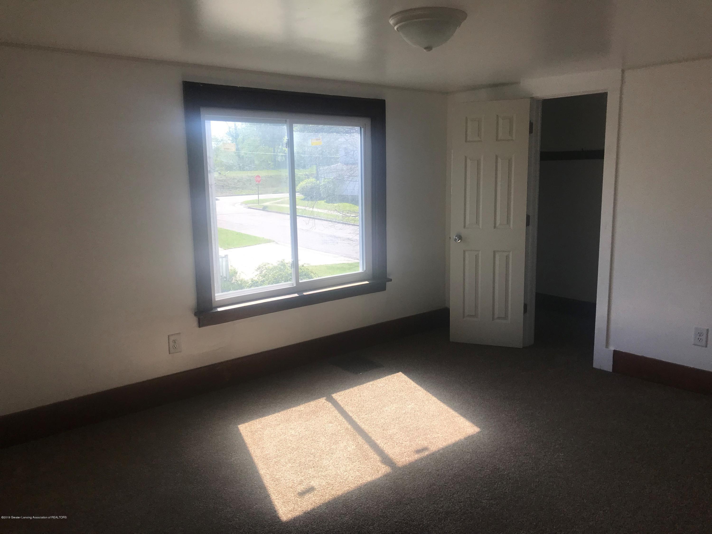 314 Center St - 1Large Bedroom - 4