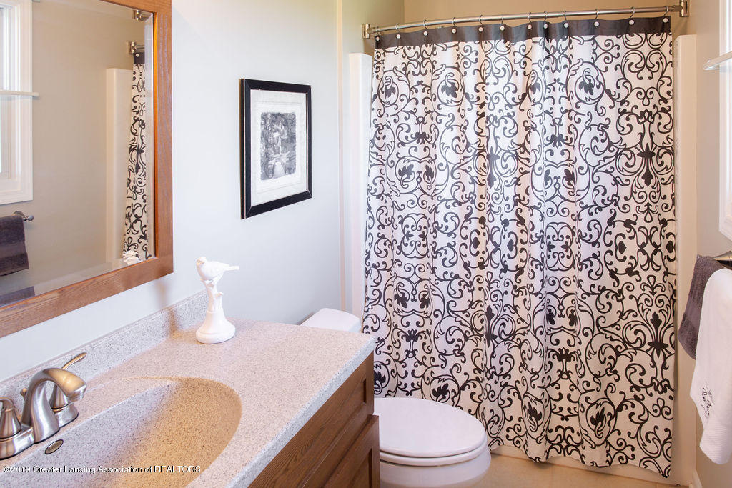 12953 W State Rd - Master Bathroom - 9