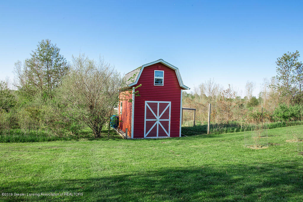 12953 W State Rd - Chicken Coop/Shed/Barn - 36