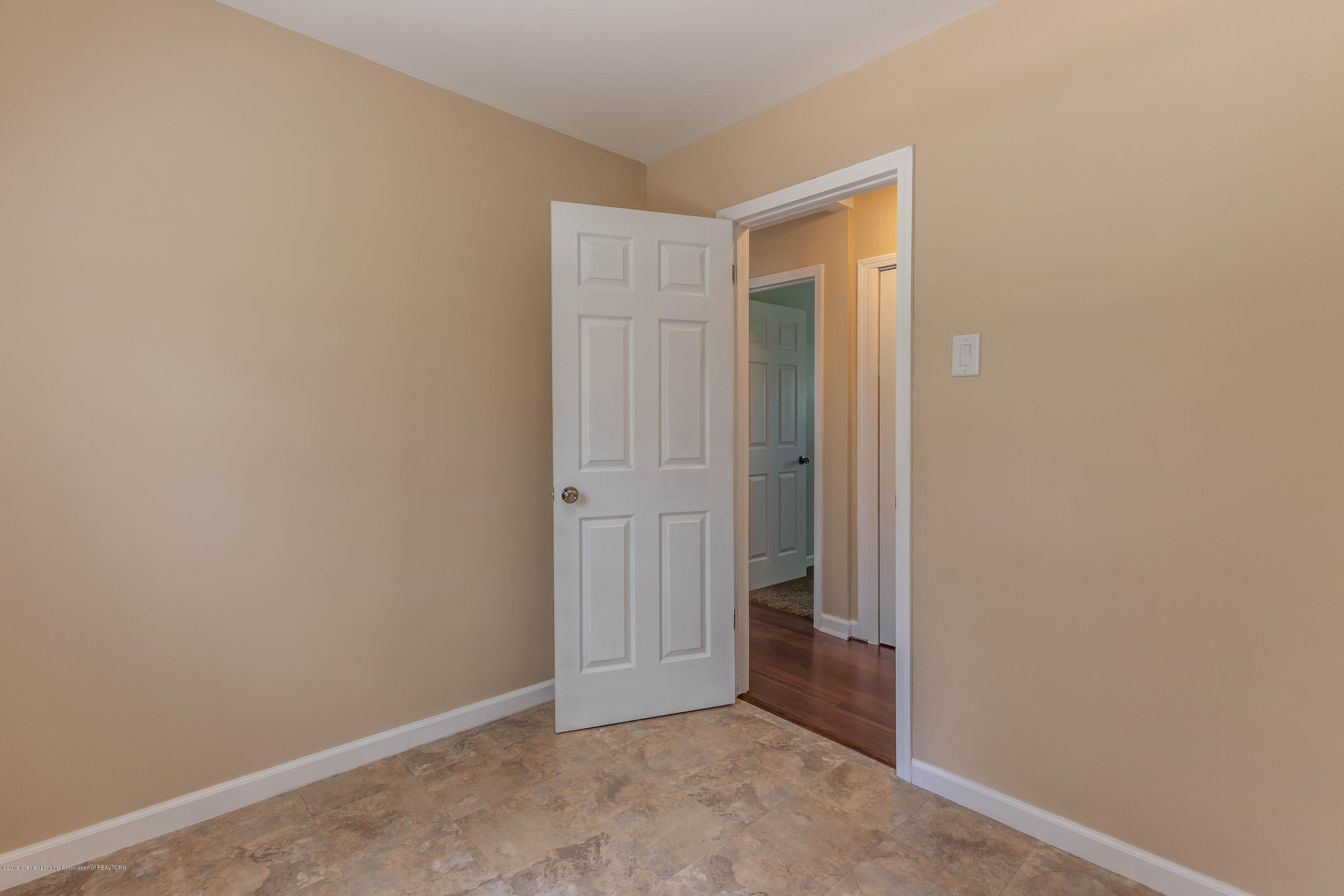 8344 M 21 - Other room - 24
