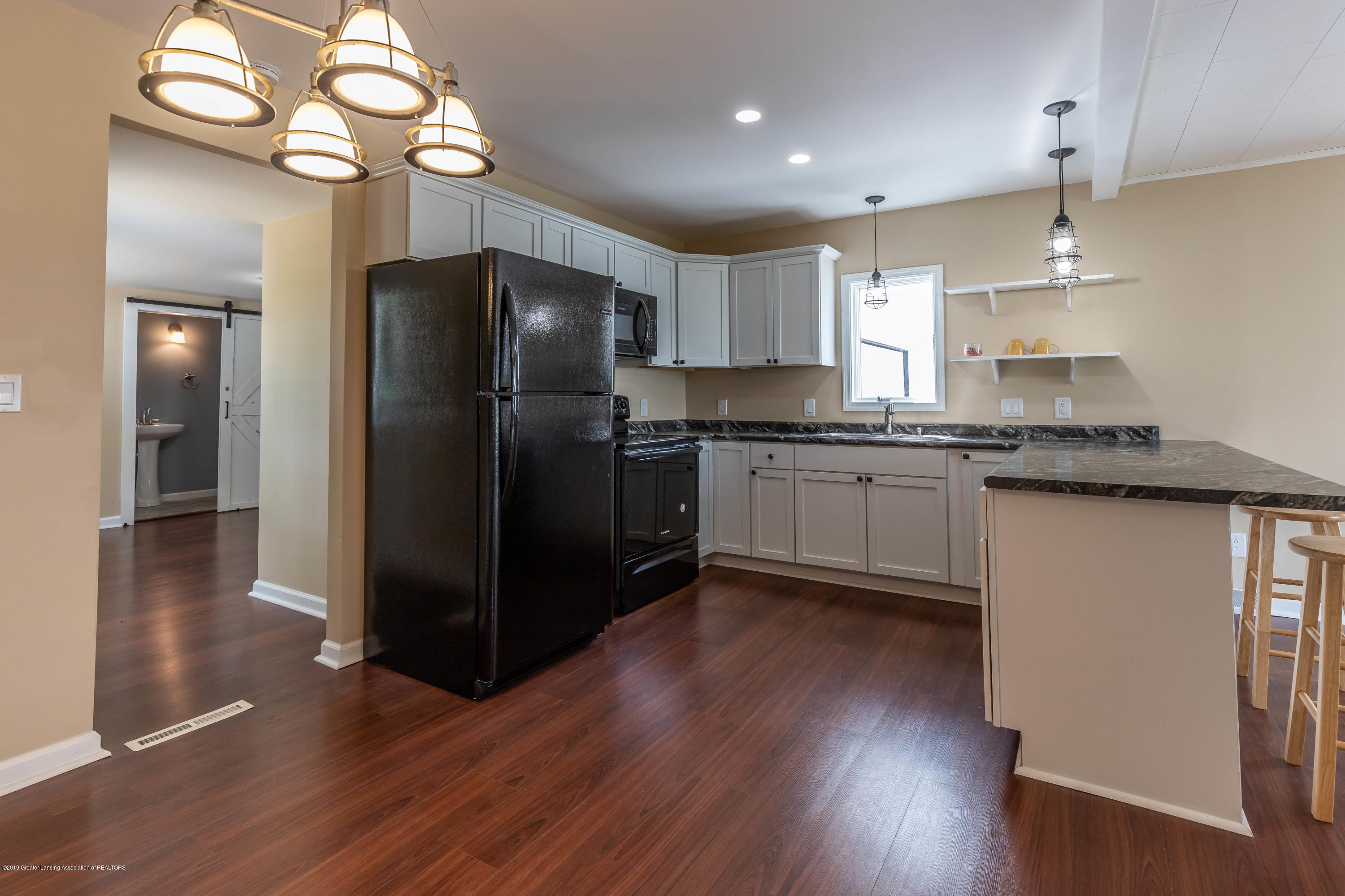 8344 M 21 - Kitchen - 10