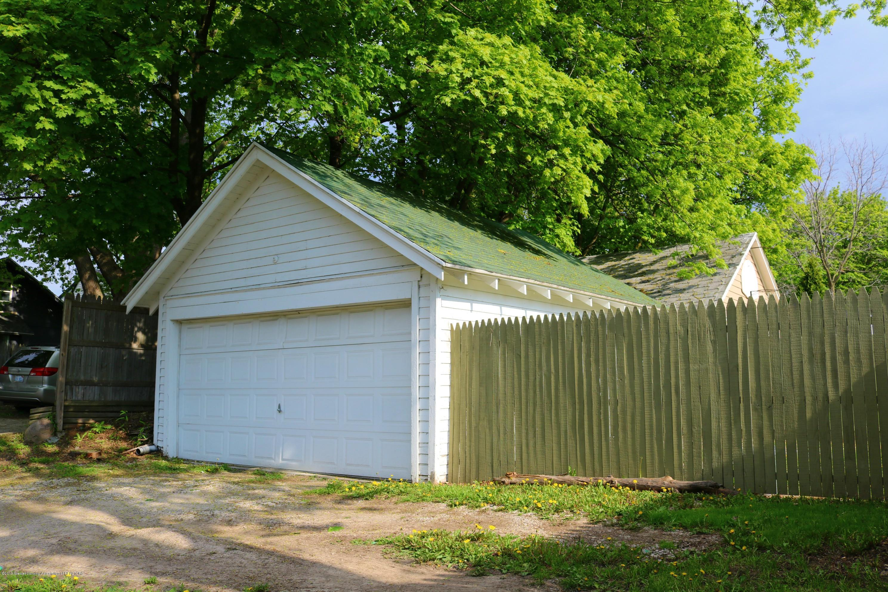 703 N Magnolia Ave - Garage - 18