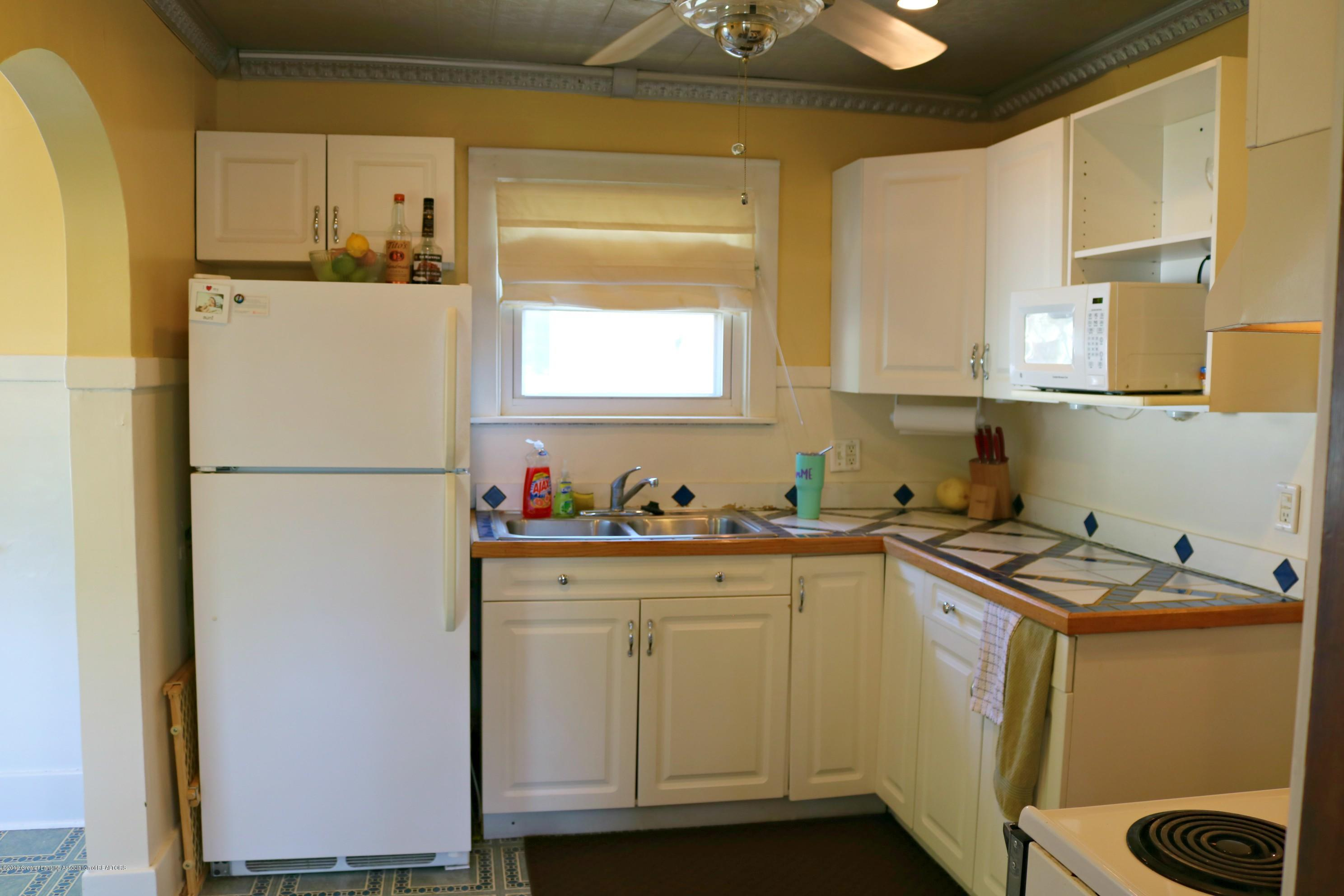 703 N Magnolia Ave - Kitchen - 6