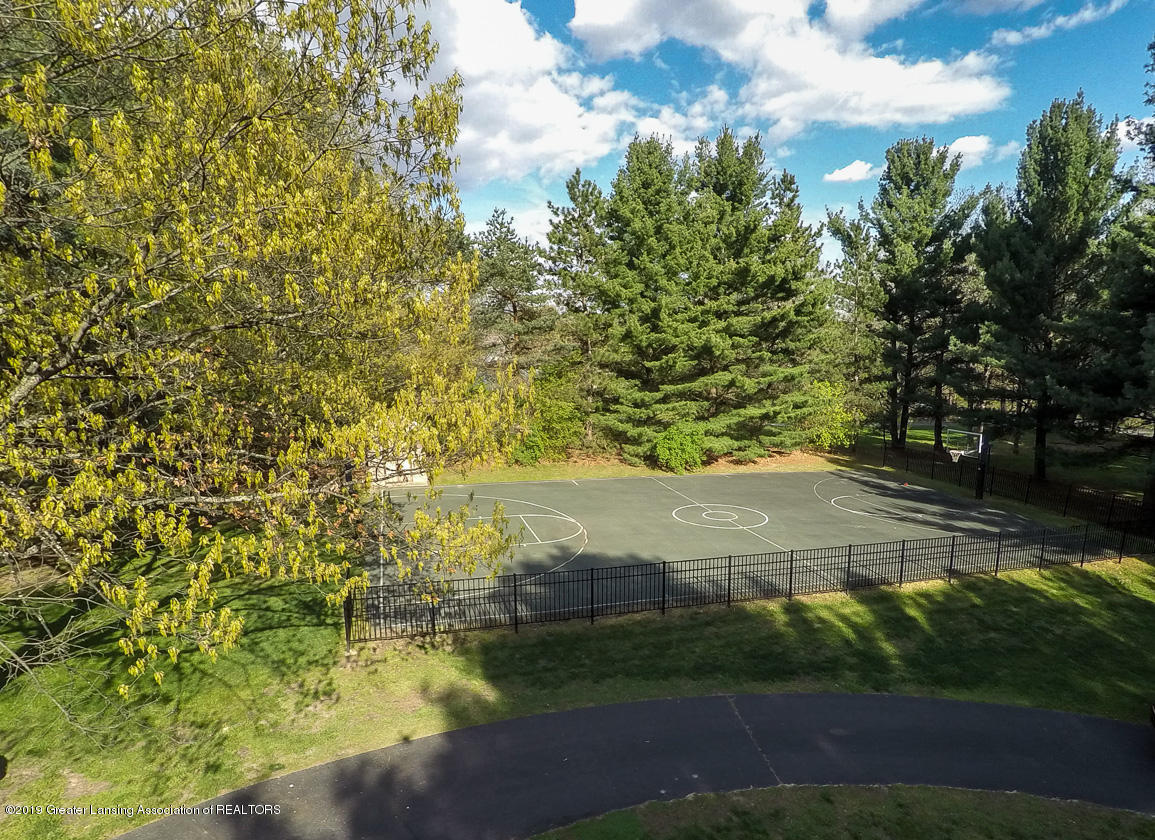 1389 Germany Rd - basket ball court - 70