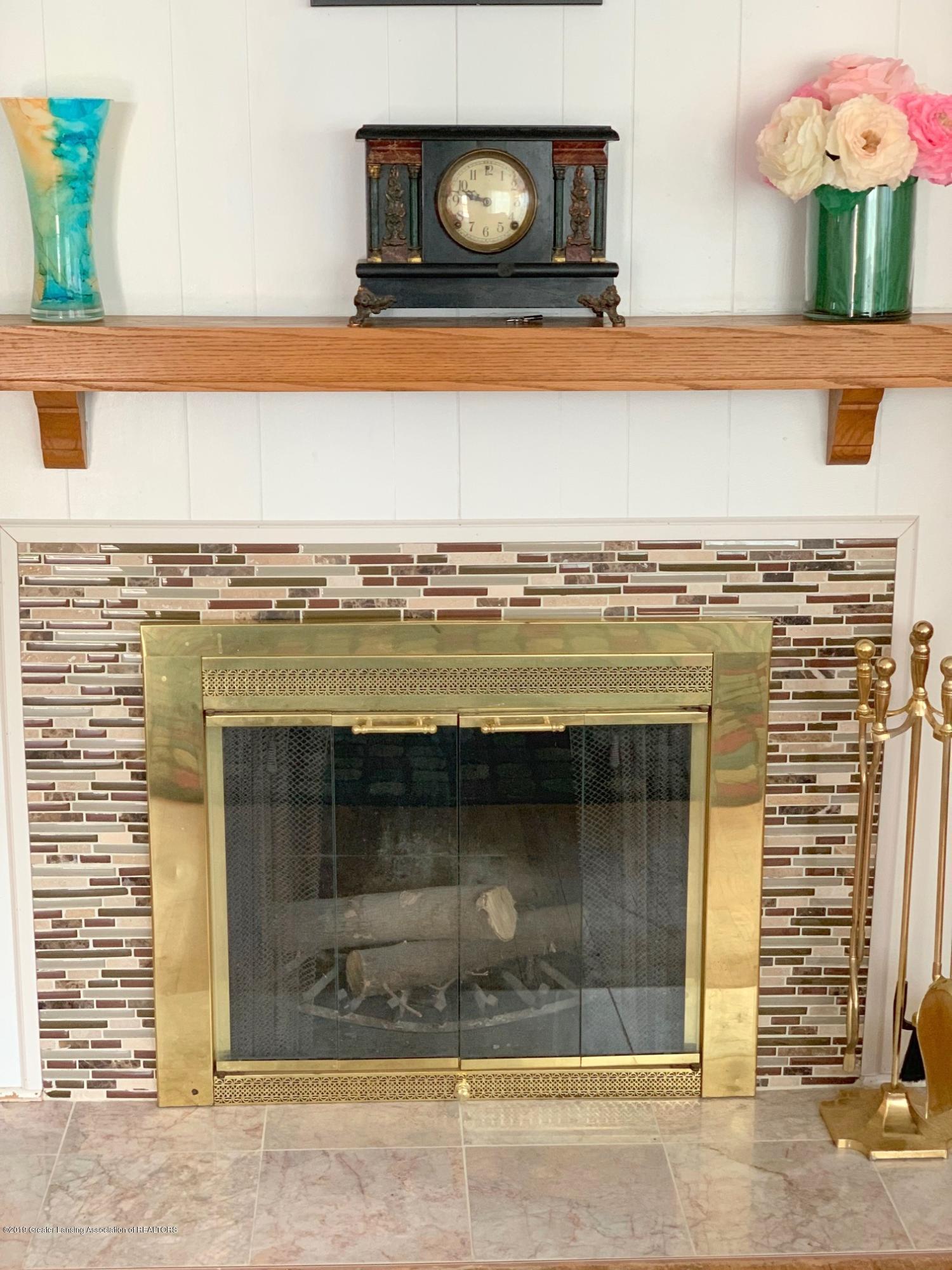 1116 Pershing Dr - Fireplace - 5