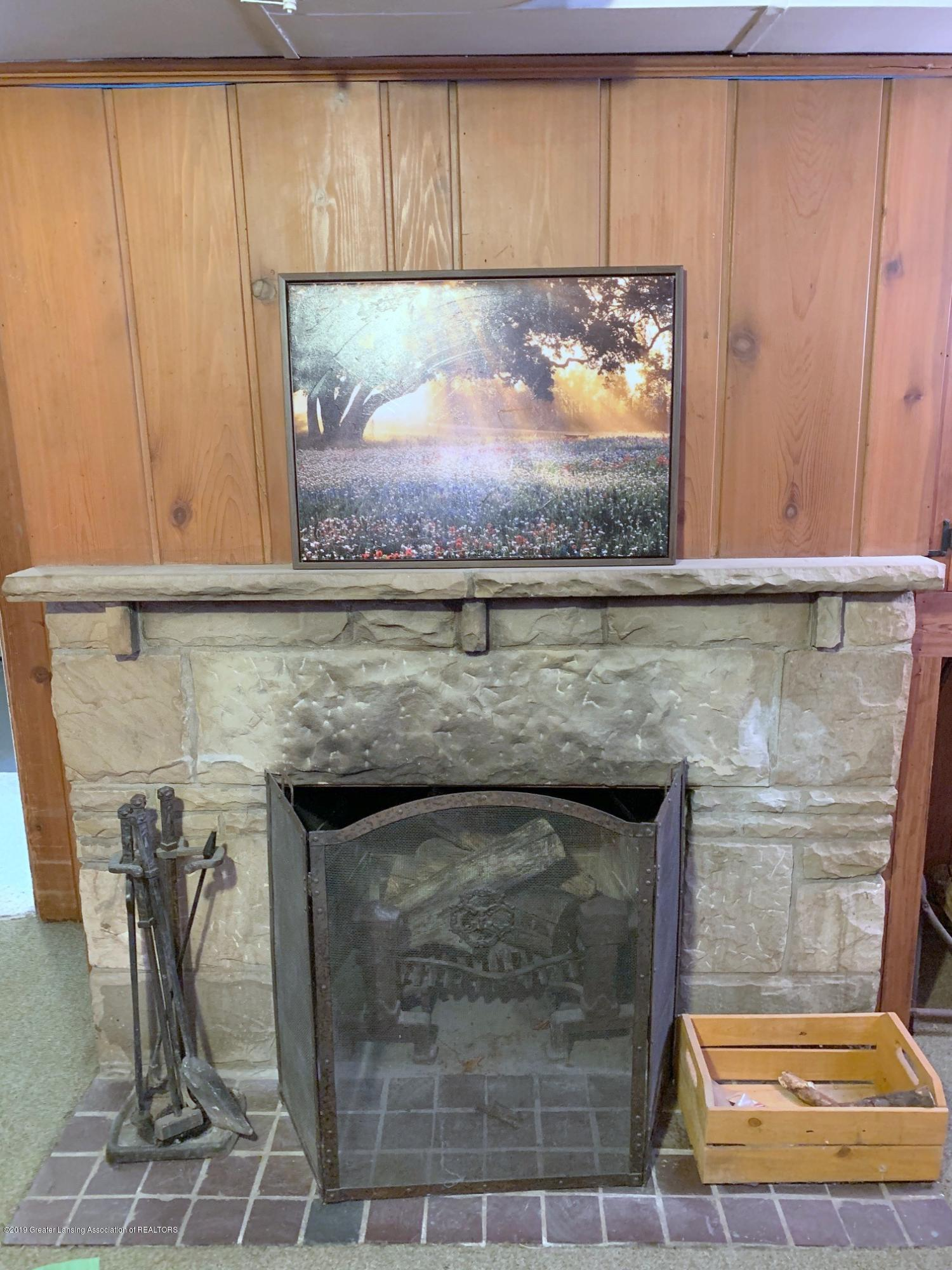 1116 Pershing Dr - Lower Level Fireplace - 28