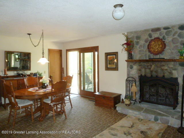 6960 Lakeview Dr - Dining  Rm - 14