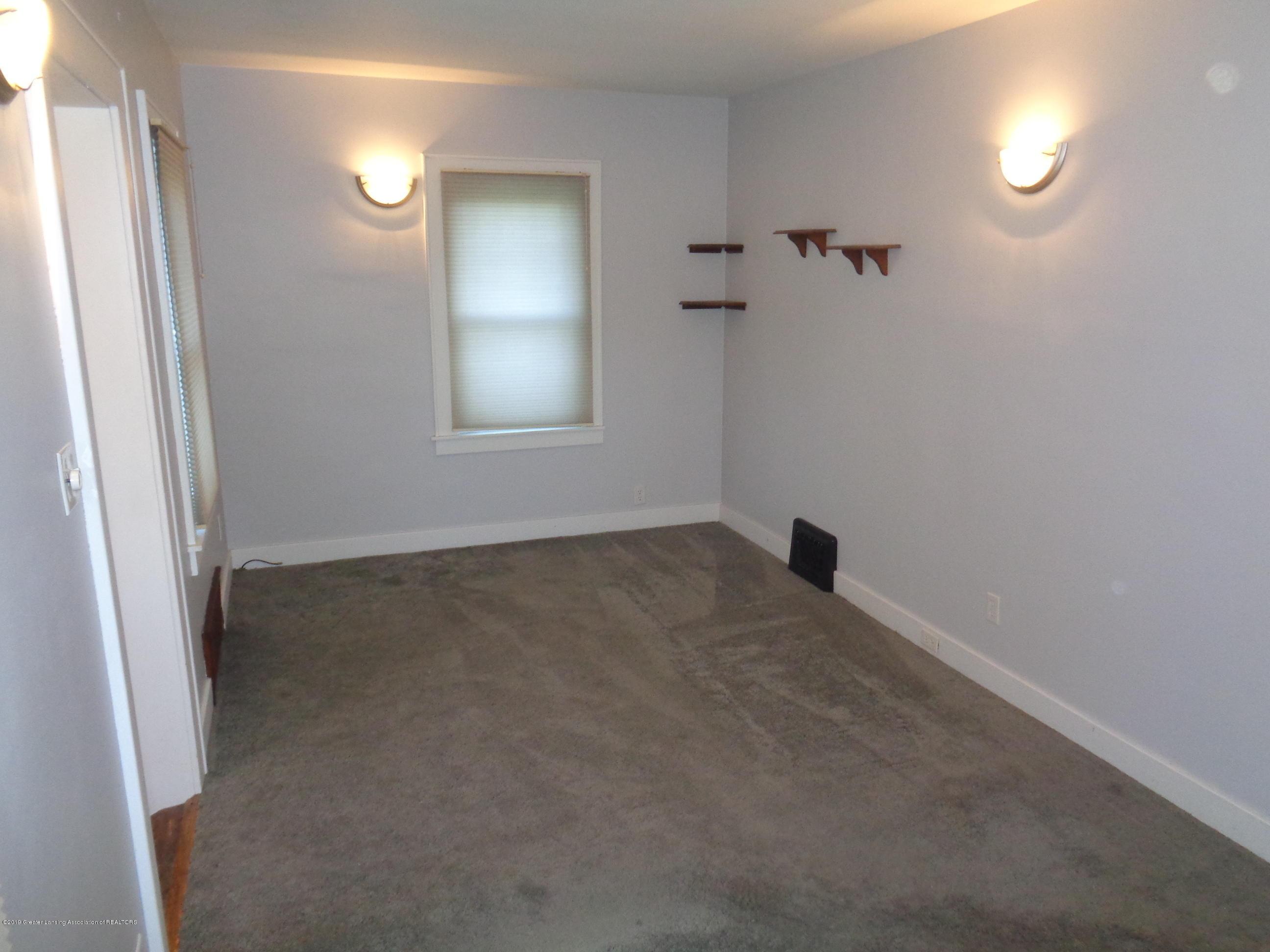 3522 N Aurelius Rd - aurelius livingroom - 8