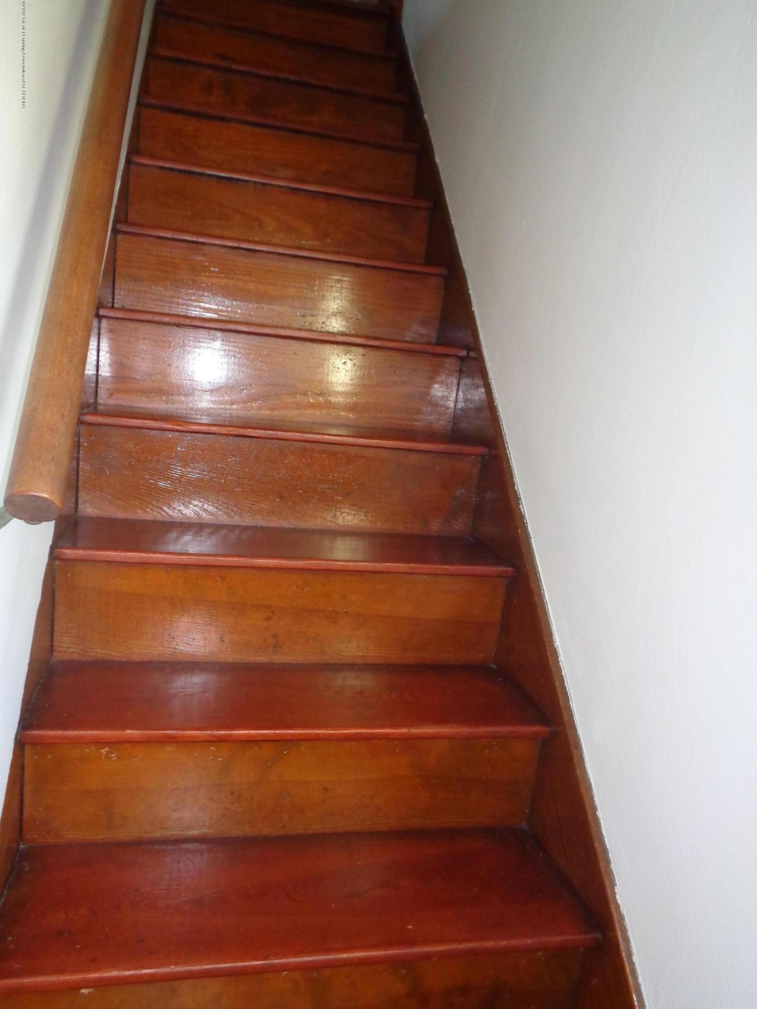 3522 N Aurelius Rd - aurelius stairs - 13