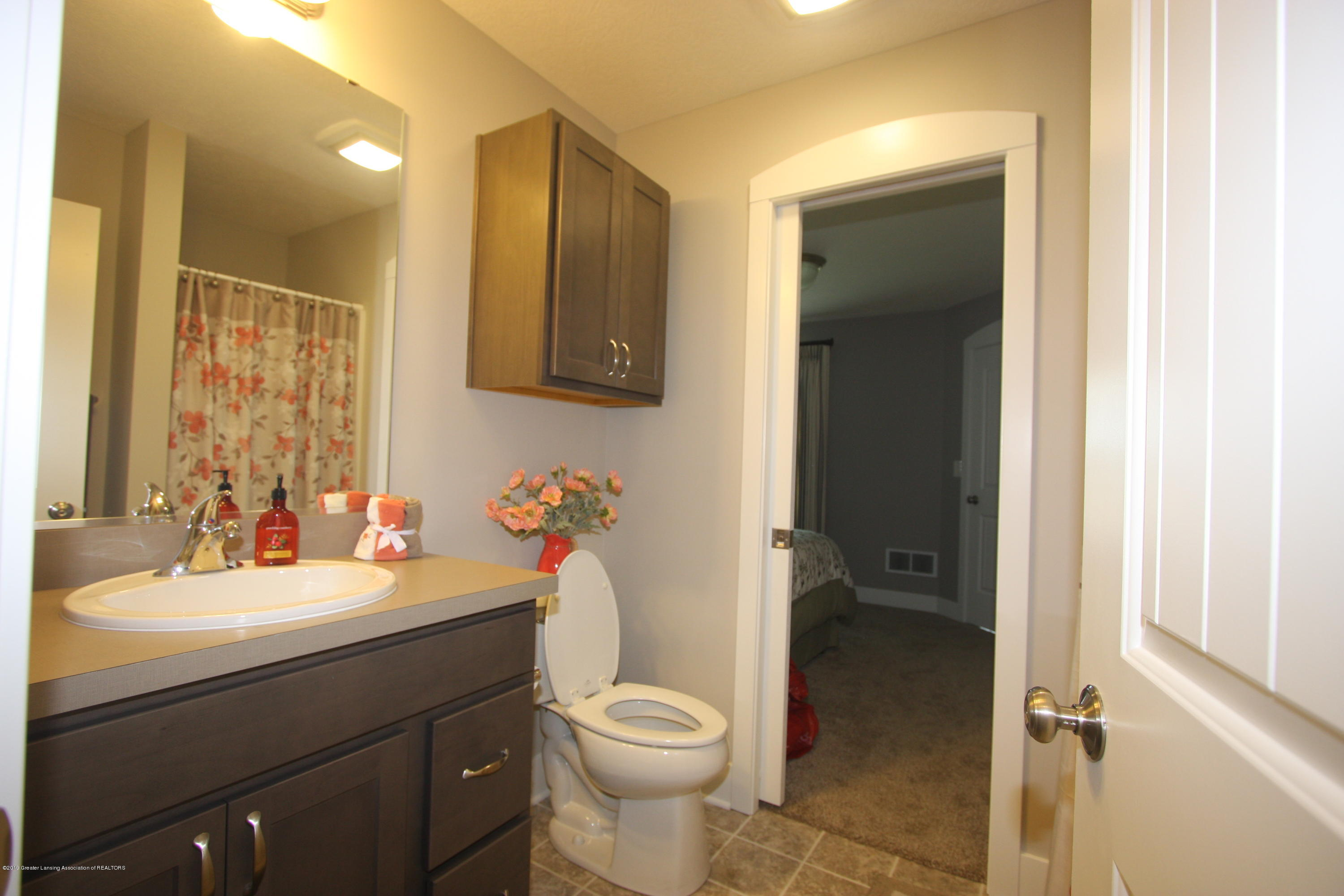201 Barrington Cir 63 - IMG_9275 - 17