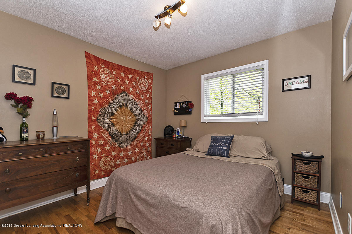 4377 Rexford Ave - 13 - 14