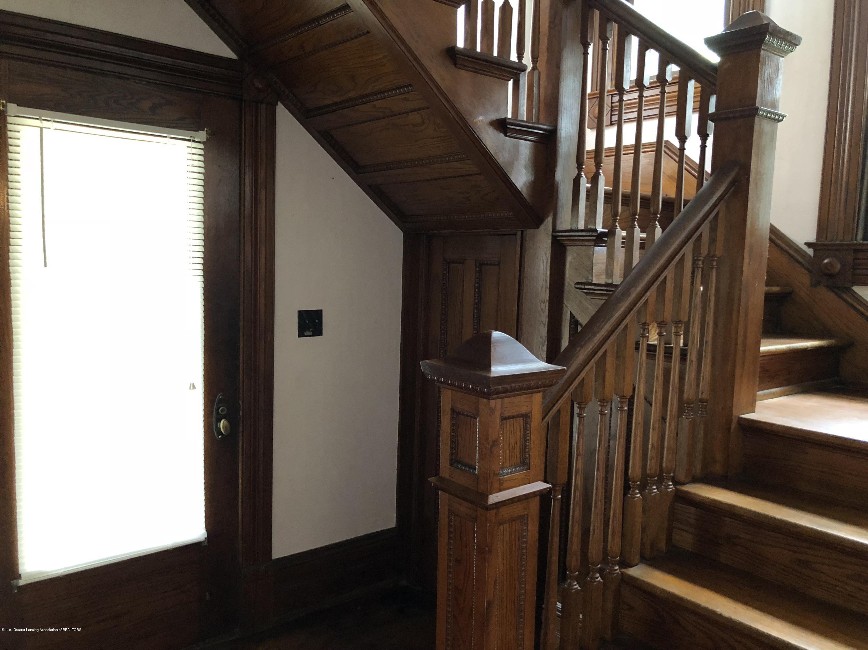 309 W Baldwin St - Foyer - 12
