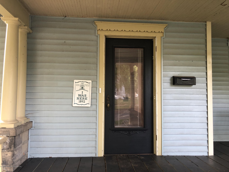309 W Baldwin St - Front door - 11