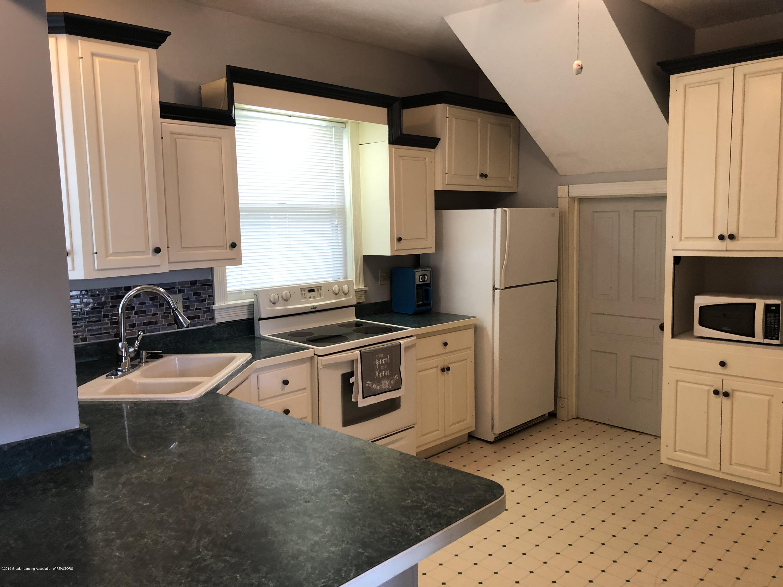309 W Baldwin St - Kitchen - 26