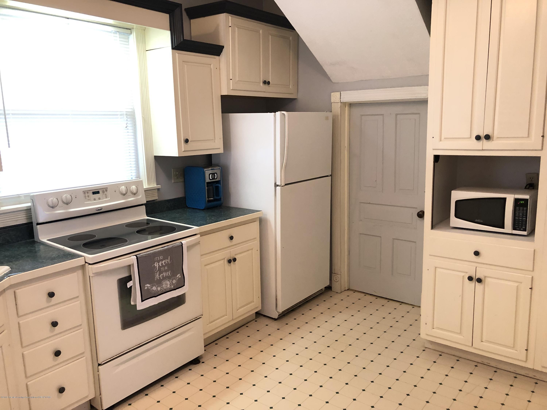 309 W Baldwin St - Kitchen - 27