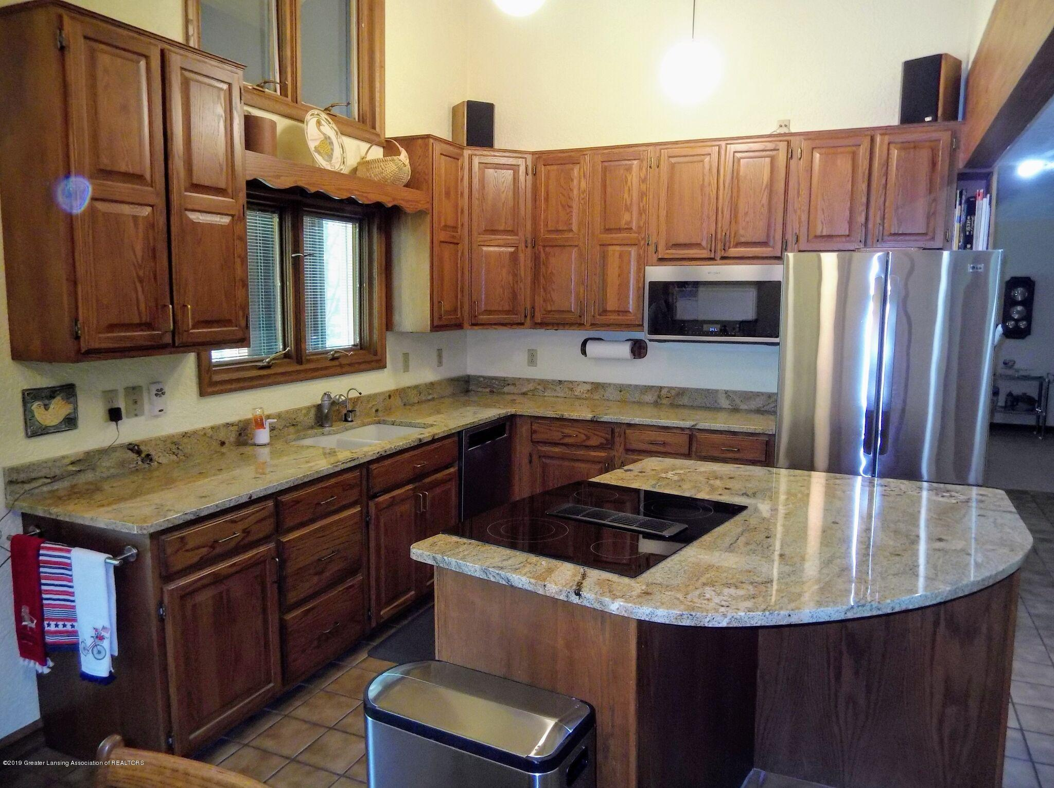 8144 Corrison Rd - Kitchen - 6