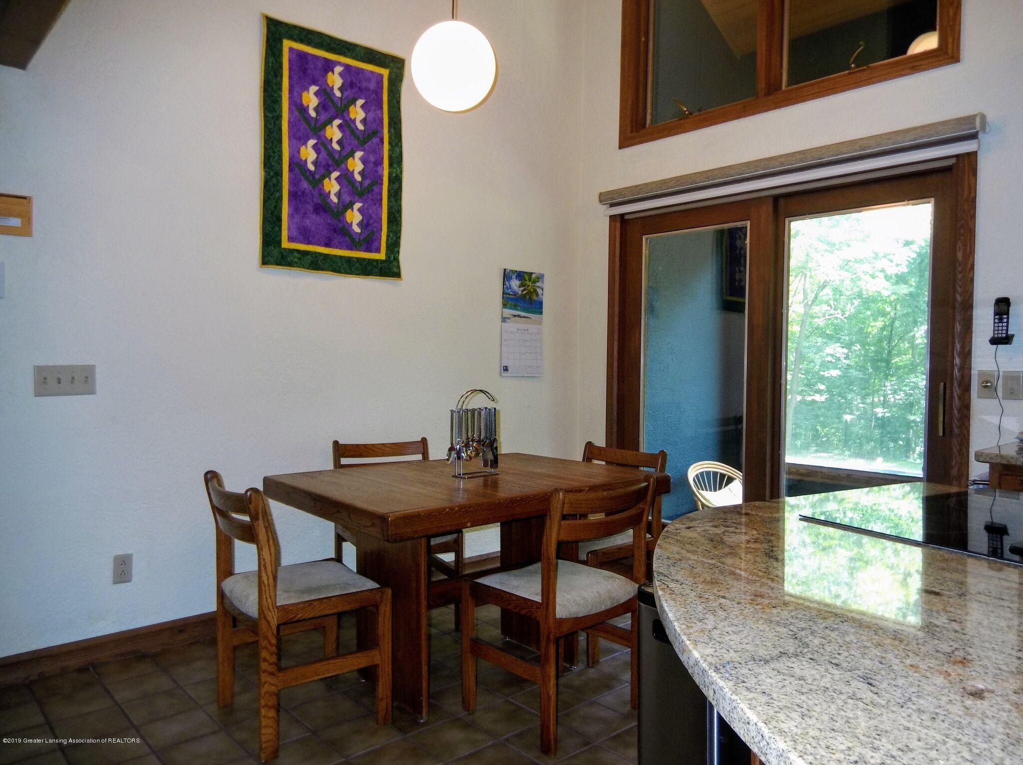 8144 Corrison Rd - Dining Room - 7
