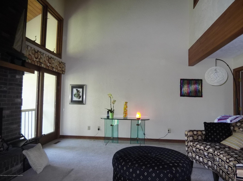 8144 Corrison Rd - Living Room - 9