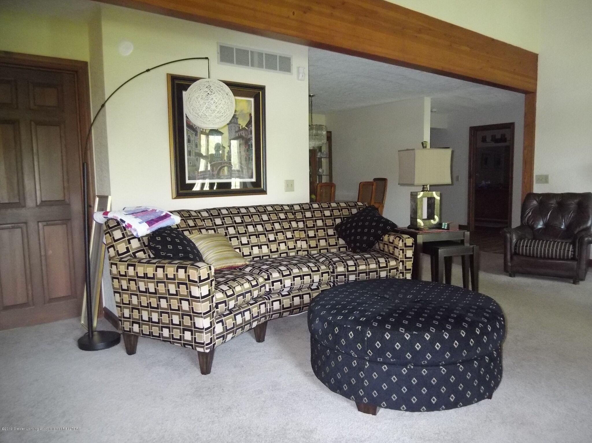 8144 Corrison Rd - Living Room - 14