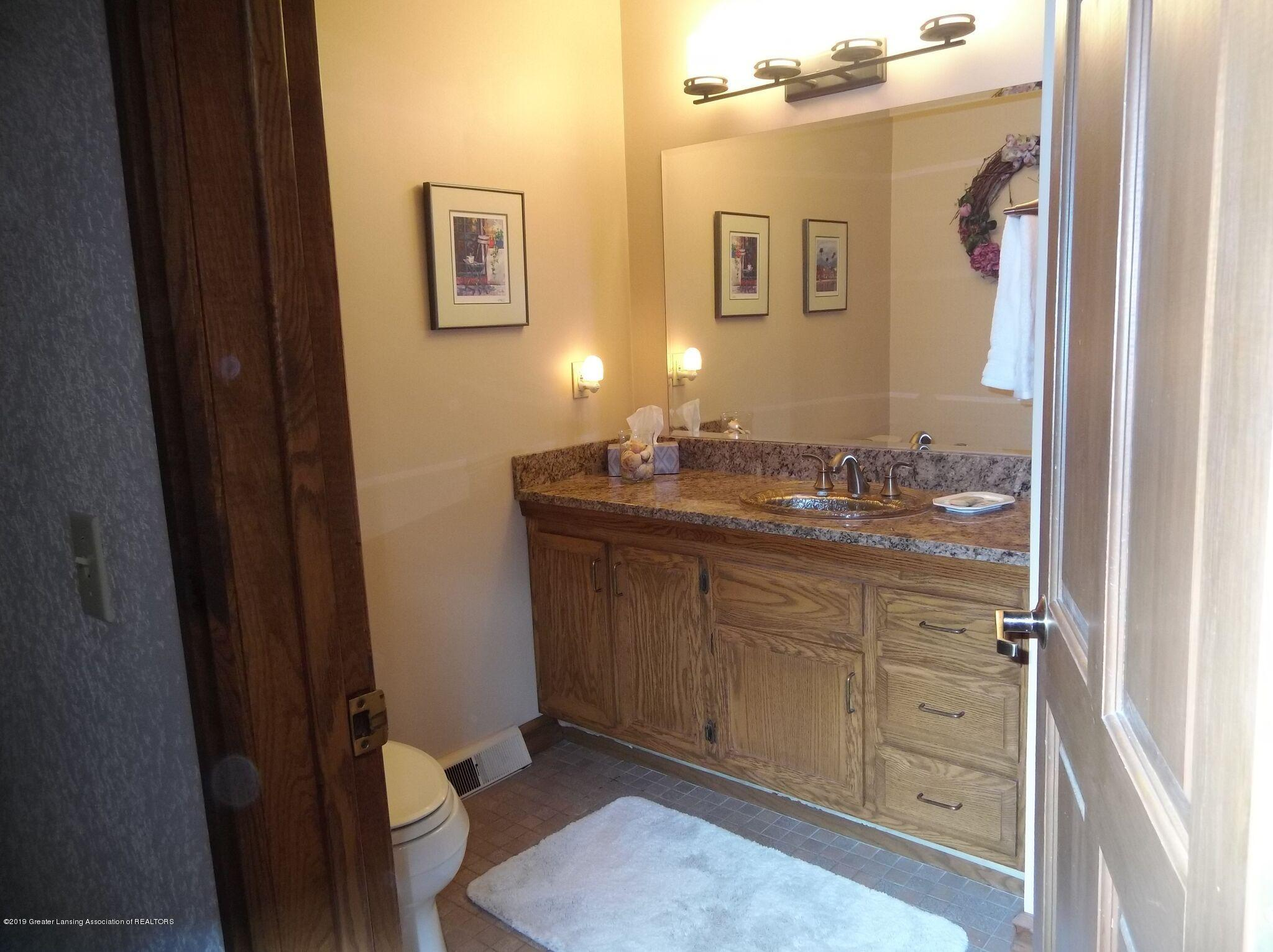 8144 Corrison Rd - Bathroom - 28